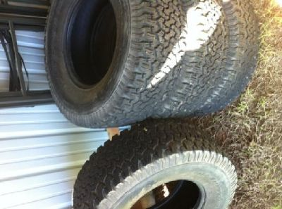 $400 OBO Almost new tires BF Goodrich 315 / 70R17 Baja Champion full set