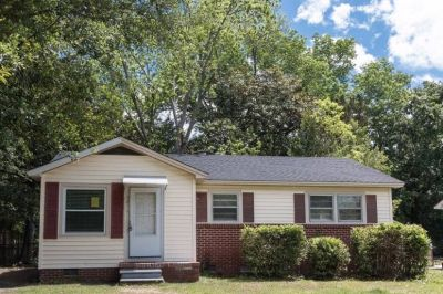 $1500 3 single-family home in Charleston County