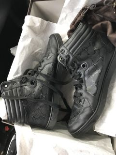 Gucci black shoes AUTHENTIC Size 8 $200 obo
