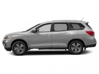 2019 Nissan Pathfinder SL (Brilliant Silver Metallic)