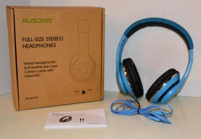 New in box - Wired HiFi Stereo Headphones with Built-in Mic