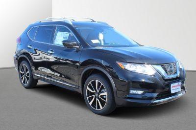 2018 Nissan Rogue SL (Magnetic Black)