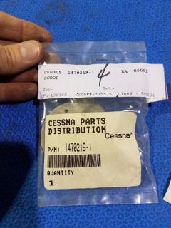 Purchase Cessna Scoop Air Radio Cooling P/N 1470219-1 (0516-48) motorcycle in Middletown, Ohio, United States, for US $275.00