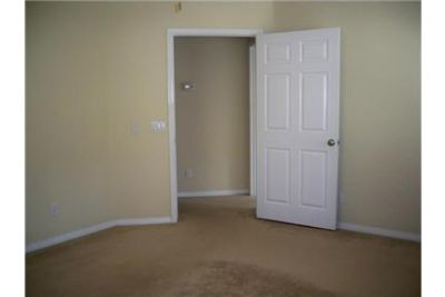 Stevenson Ranch - superb House nearby fine dining. Washer/Dryer Hookups!