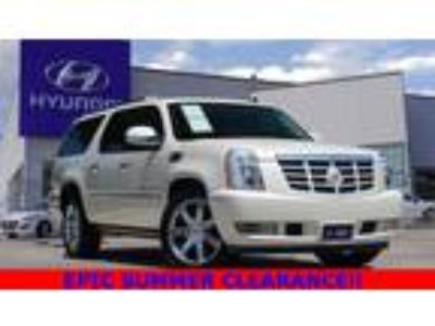 2014 Cadillac Escalade ESV Luxury