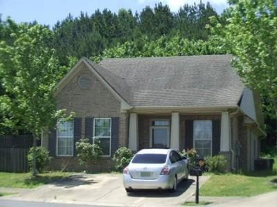 3 Bed 2 Bath Preforeclosure Property in Fultondale, AL 35068 - Grand Central Ave