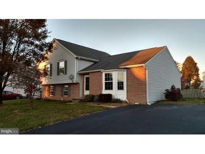 2 Bed 3 Bath Foreclosure Property in Taneytown, MD 21787 - Kenan St