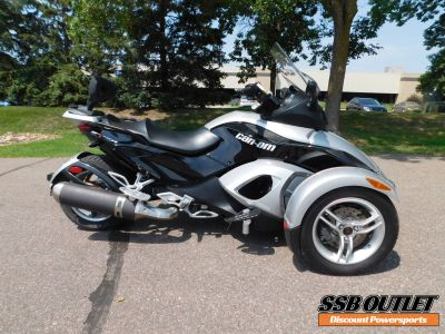 2009 Can-Am Spyder GS Roadster with SM5 Transmission (manual) 3 Wheel Motorcycle Motorcycles Eden Prairie, MN