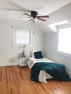 Room for rent in cute, spacious, newly renovated carriage house