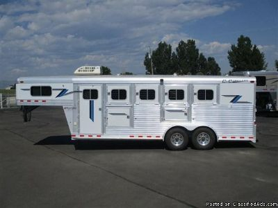 2004 C&C 4 horse trailer weekend pkg