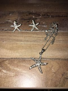 Starfish stud earring and necklace set