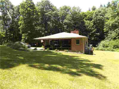 169 Lakeview ST Markleysburg Five BR, 207 acres of land with