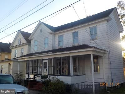 2 Bed 1.5 Bath Foreclosure Property in Cambridge, MD 21613 - W End Ave
