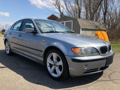 2004 BMW 3-Series 330xi (Orient Blue Metallic)