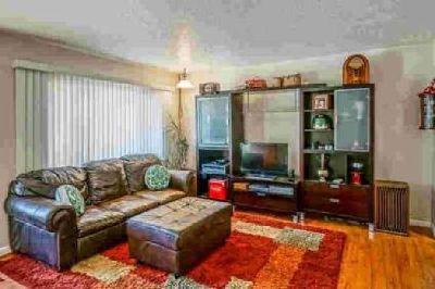9701 Robin Avenue NE Albuquerque Three BR, **$1500 Holiday
