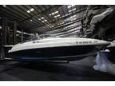 2008 Sea Ray 220 Sundeck