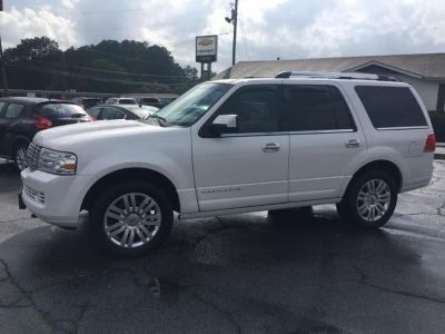 2011 Lincoln Navigator Base (WHITE PLATINUM)