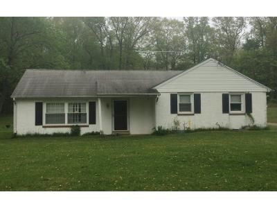 3 Bed 1 Bath Preforeclosure Property in Honey Brook, PA 19344 - Lilly Rd