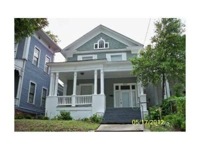 BEAUTIFUL Historic Home Downtown Macon! LAW STUDENTS/MEDICAL/MILITARY!