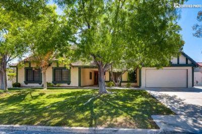 $3975 4 single-family home in Henderson