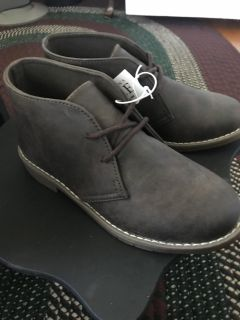 Boys size 3 short ankle boots