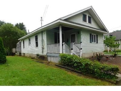 2 Bed 1 Bath Foreclosure Property in Belvidere, NJ 07823 - Hardwick St
