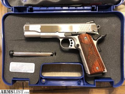 For Sale: Smith & Wesson 1911 .45 Caliber E Series
