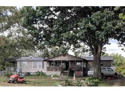 3 Bed 2 Bath Foreclosure Property in Ider, AL 35981 - County Road 789