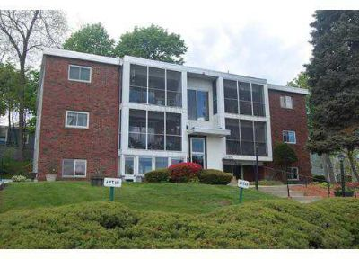 146 West St #6B Leominster, Penthouse Two BR Condo in the