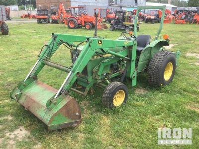 John Deere 850 2WD Tractor