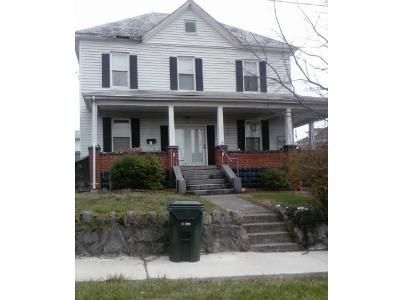 4 Bed 3 Bath Foreclosure Property in Bristol, VA 24201 - Vernon St