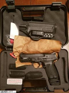 For Sale: S&W M&P9c 2.0 4""