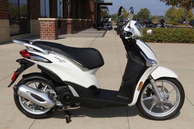 2019 Piaggio Liberty 150 Scooter Saint Charles, IL