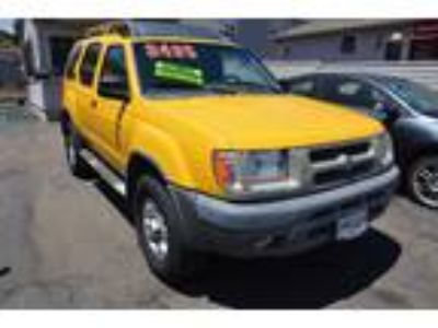 2000 Nissan Xterra XE 2WD Yellow, Amazing Condition, Low Miles