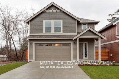 Brand new 4 Bedroom 2.5 Bathroom home in new development!