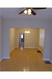 North Center 2 Bedroom. Den With Brand New Kitchen! 1 Month Free Rent Special