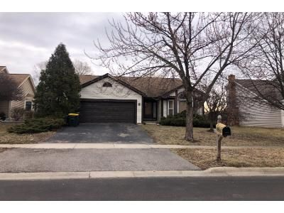 4 Bed 3 Bath Preforeclosure Property in Carol Stream, IL 60188 - Bristol Dr