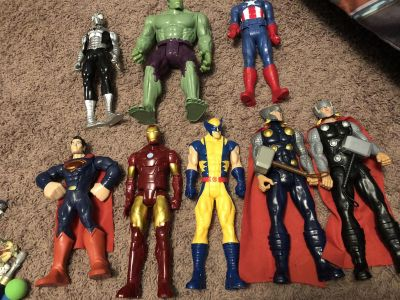 Avengers action figures. Size of barbies, maybe alittle bigger