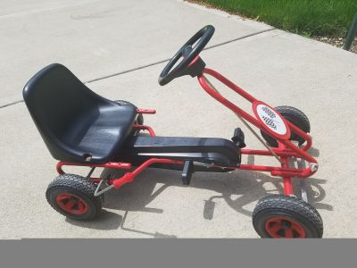 Pedal cart ages 5-8ish