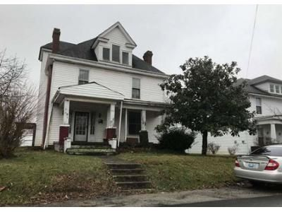 4 Bed 2 Bath Foreclosure Property in Winchester, KY 40391 - French Ave
