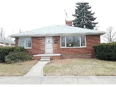 2 Bed 1 Bath Foreclosure Property in Lincoln Park, MI 48146 - Merrill Ave