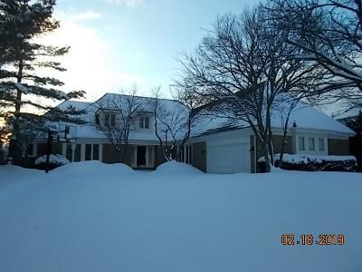 5 Bed 3.5 Bath Foreclosure Property in Lake Forest, IL 60045 - Barnswallow Ln