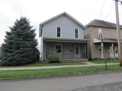 3 Bed 1 Bath Foreclosure Property in Scottdale, PA 15683 - Mulberry St
