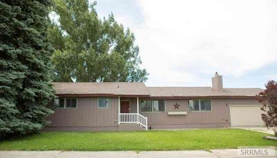 1558 Christensen Drive BLACKFOOT Five BR, Large Home in Great