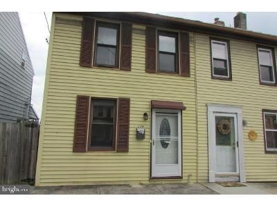 3 Bed 1 Bath Foreclosure Property in Camp Hill, PA 17011 - E Main St
