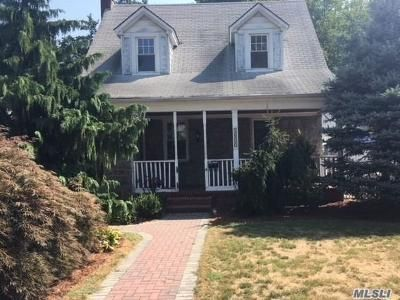 3 Bed 2 Bath Foreclosure Property in Baldwin, NY 11510 - John Ct