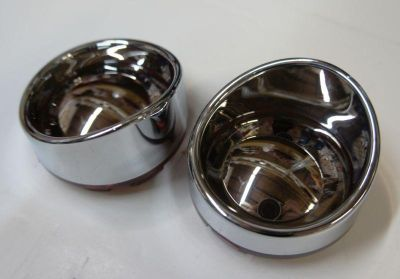 Sell TURN SIGNAL BEZELS RED WITH CHROME/MIRROR LENS W/ VISOR 4 HARLEY DAVIDSON motorcycle in Gambrills, Maryland, US, for US $22.95