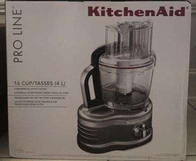 Kitchen Aid proline 16 cup food processor ( Never opened)