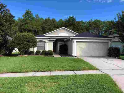 14240 Weymouth Run ORLANDO, Highly desirable Three BR floor