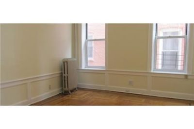 New York City, Great Location, 2 bedroom House.
